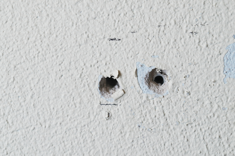 ways to fix a screw hole that is too big